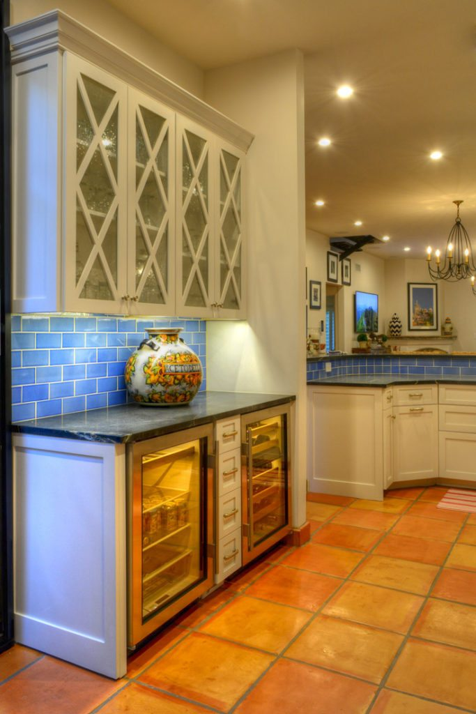 Home Bar And Wet Bar Cabinets Phoenix AZ | Copper Canyon